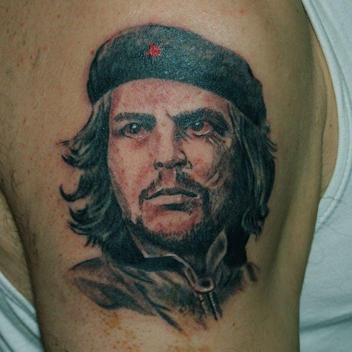 Che Guevara Tätowierung Raul Hits for Life Tattoo München