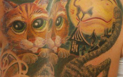 shit for life hits for life raul München Bayern Deutschland, Biomechanik, asiatische Tattoo, Trash Polka, Black und Grey, Überdeckung Cover Up Spezialist Katze gestiefelter Kater Shrek Film